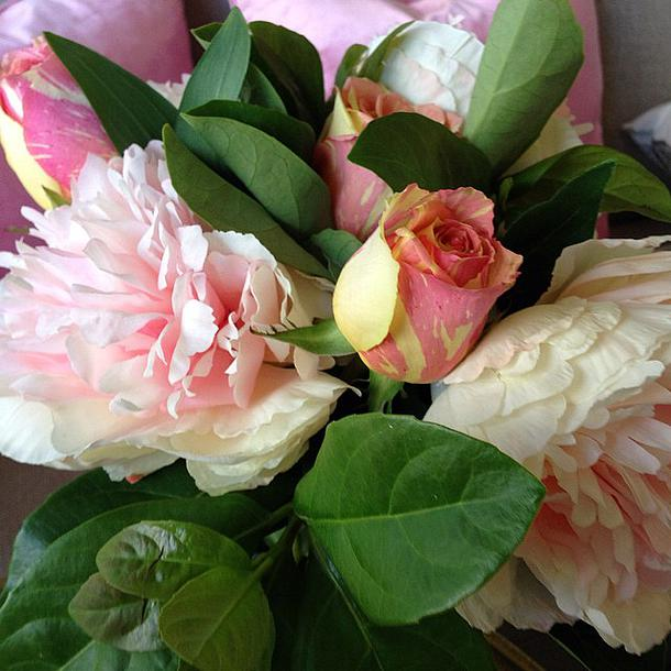 Decorate With Flowers At Home